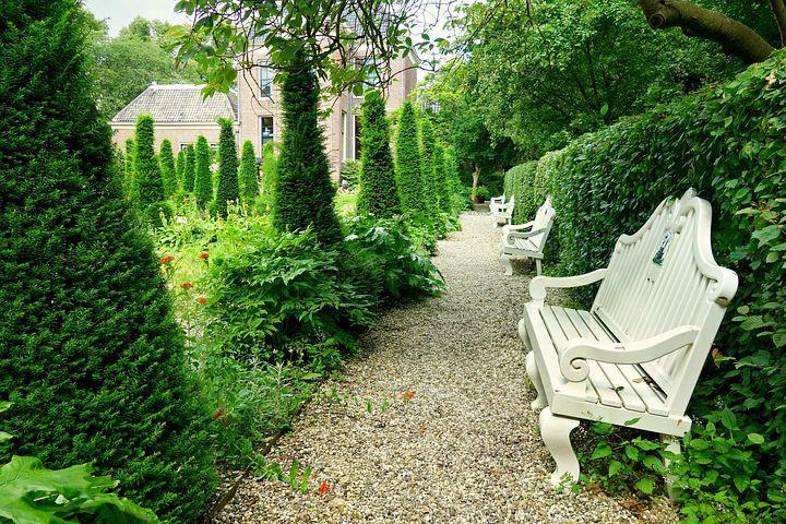 Skwer marzeń prędko oraz niedrogo – zakup dodatków ogrodniczych