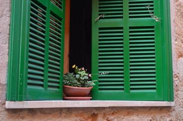 Aranż i styl wnętrza mieszkania – wykorzystaj korek!